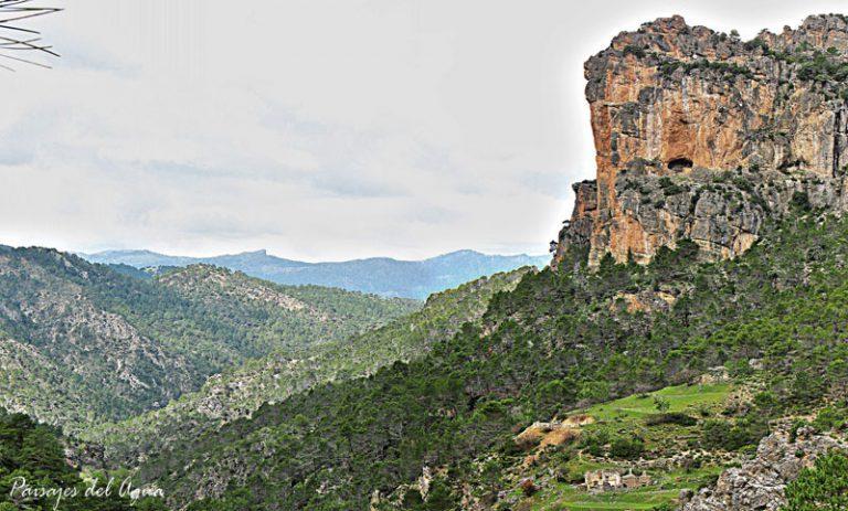 La Fresnedilla, en el valle del Aguamula